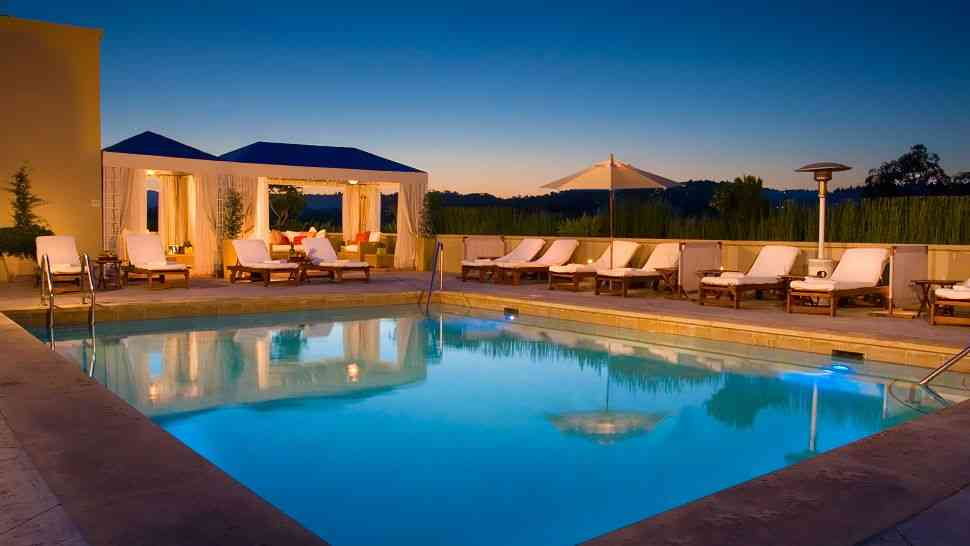 Vip access los angeles luxury hotel spa romantic getaway for Most luxurious hotel in los angeles